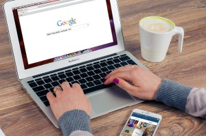Arbeta via Internet utomlands